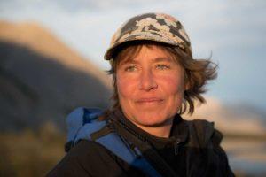 Portrait von Eva Riedwyl Reise Anbieterin Leiterin, Besitzerin von Glanzmann Tours Yukon Kanada Nordamerika Touren