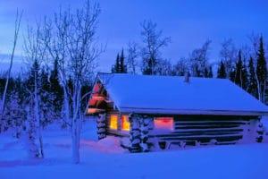 Blockhaus Huette Wildnis Yukon Trapper Winter Abenteuer Alaska