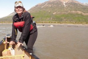 Eva Riedwyl Glanzmann auf Kanutouren Abenteuer Reiseanbieterin Haines Junction Kluane National Park Yukon Kanada
