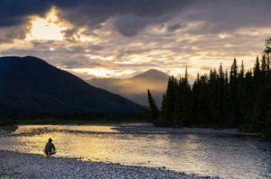 Ruf der Wildnis Angeln Fliegen Fischen am Yukon River auf geführten Reisen unterwegs Wildnis geniessen in Kanadas Norden