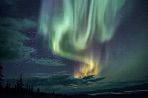 Nordlichtfotografie im Norden mit Profi Fotograf Beat Glanmzmann